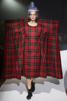 Comme Des Garcons Designer Rei Kawakubo Was Announced as the 2017 ...