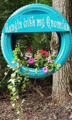 Creative repurposed tire planter idea A brilliant DIY outdoor home decorating idea Transforming that used tire will make an awesome addition to your whimsical gnome or fa. Garden Care, Tire Garden, Garden Fun, Fruit Garden, Diy Garden Projects, Garden Crafts, Tire Planters, Garden Planters, Diy Planters Outdoor