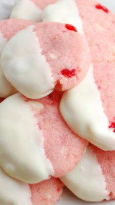 White Chocolate Cherry Shortbread Cookies ~ They are buttery and just melt in your mouth.