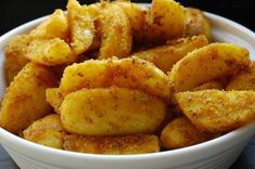 Cartofi wedges in crusta de malai usor picanta