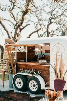 All sorts of bar carts and mobile businesses built out for you! Want a mobile coffee cart, mobile bar trailer or photobooth? We do custom campers as well! Mobile Coffee Cart, Mobile Coffee Shop, Western Saddles, Western Horse Tack, Horse Saddles, Vintage Bar, Vintage Horse, Horse Stalls, Horse Barns
