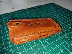 Etui  en cuir pour cigarette électronique