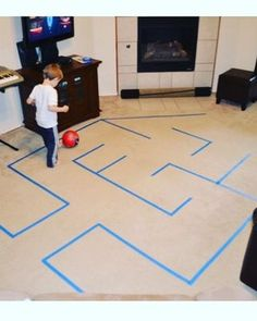 Indoor Games With Balloons Gross Motor 32 Ideas For 2019 Outside Activities For Kids, Gross Motor Activities, Toddler Activities, Pe Games, Funny Games, Game Motor, Halloween Makeup Kits, Diy Party Games, Motor Planning