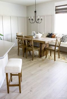 Modern Farmhouse Board & Batten Dining Room | helloALLISONblog.com