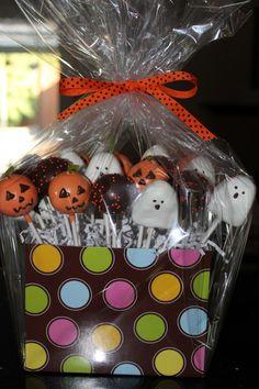 cute halloween cake pops
