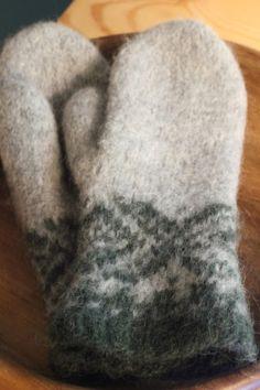 Owl Hat, Slippers, Homemade, Knitting, Scarfs, Gloves, Felt, Socks, Scarves