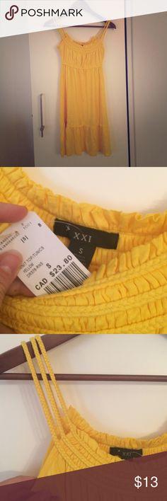 Bright yellow summer dress Flowy, fun, bright yellow summer dress Forever 21 Dresses Midi