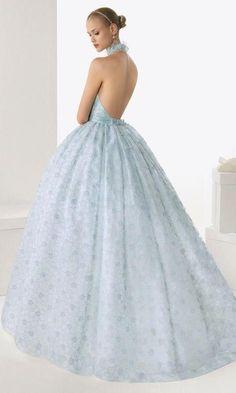 Vestidos de novia a todo color en Rosa Clará