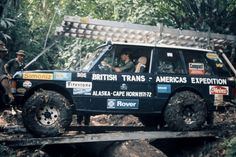 1 of 2 Land Rovers of the British Trans-Americas Expedtion of traveling the Pan-American Highway from Alaska to Cape Horn. Shown at the Darian Gap in 1972 60 miles of dense rain forest in Colombia and Panama. Link to fascinating article in comments Range Rover Classic, Alaska, Land Rovers, Pan American Highway, Panama, Darien Gap, Dangerous Roads, Beautiful Roads, Commute To Work
