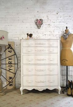Painted Cottage Chic Shabby French Dresser/ Chest CH900