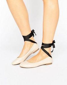 Miss Selfridge Contrast Tie Up Ballet Pump