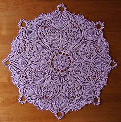 Crochet pinapple doily. Design by Patricia Kristoffersen