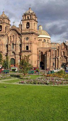 Peru. View, from the Plaza de Armas, of the Iglesia de la Compania de Jesus (Church of the Society of Jesus), a rival church to the Cathedral, Cusco