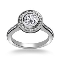 Round Shape Antique Diamond Engagement Ring