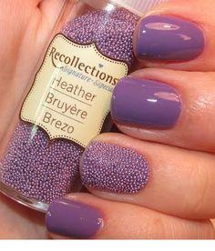 uñas lilas caviar