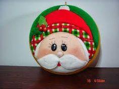 Que hermosos trabajos en patchwork | Foro - Fantasias Miguel Quilted Christmas Ornaments, Christmas Sewing, Christmas Fabric, Felt Christmas, Christmas Themes, Holiday Crafts, Christmas Holidays, Holiday Decor, Felt Crafts Patterns