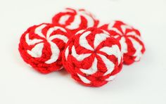 Peppermint Candies ... free Christmas crochet pattern. Sweet!