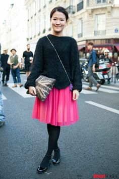 What's not to like about a pretty pink tulle skirt? Reporter #MichelleChow scored hers in #HongKong, which she wears with black basics.