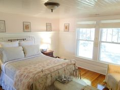pretty vintage bedroom