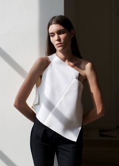 Ideas Fashion Week Paris Minimal Chic For 2019 Fashion Design Inspiration, Mode Inspiration, Fashion Ideas, Fashion Week Paris, Fashion Details, Look Fashion, Womens Fashion, Minimal Fashion Style, Trendy Fashion