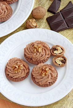 Mini tartaletas de nuez y chocolate