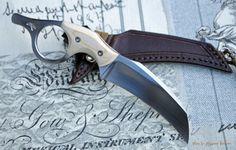 Beautiful looking knife. I love the hawkbill blade style knives.
