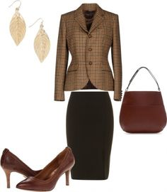 How To Get A Timeless Preppy Office Look With The Ralph Lauren Blazer