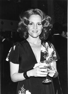 Madeline Kahn Amazing People, Amazing Women, Beautiful Women, Golden Age Of Hollywood, Old Hollywood, Madeline Kahn, The Muppet Movie, Young Frankenstein, Star G