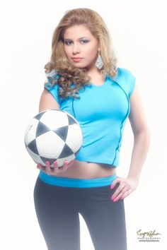 The blonde Soccer Girl by Enrique Rodas on 500px