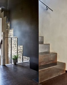 Szczepaniak Astridge focuses London loft extension on timber bath Wooden Bath, Charred Wood, Metal Arch, Clay Houses, Architectural Photographers, London Apartment, Japanese Interior, Japan Design, South London