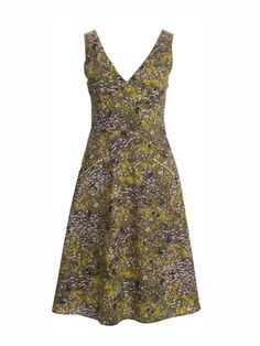 burda style, Schnittmuster - Ärmelloses Kleid mit schräg aufgesetzten Taschen. Nr. 124 aus 05-2013, und zum Download