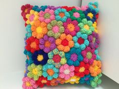 Crochet flower cushion pillow cuscini kussen wool hand made flowers hippie boho colourful rainbow floral unique gift Colour and style inspiration- A rainbow crochet flower cushion which is hand made with lots of colour confidence. A stunning crochet cushi Crochet Cushion Cover, Crochet Cushions, Crochet Pillow, Cushion Pillow, Blanket Crochet, Knitting Projects, Crochet Projects, Knitting Patterns, Crochet Patterns