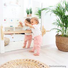 4 key steps to create a Montessori nursery - Eloise Davidson Baby Bedroom, Baby Room Decor, Nursery Room, Girl Nursery, Kids Bedroom, Montessori Playroom, Baby Playroom, Montessori Infant, Montessori Toddler Bedroom