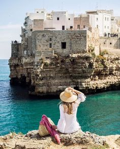 Today we're dreaming of being transported into this gorgeous photo of Polignano a Mare by @cookiesncandies featuring @loisavery! #KissFromItaly