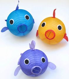 Paper Lantern Fish DIY Craft Tutorial- Perfect decoration idea for an under the sea or ocean party diy ideas crafts Fish Lanterns, Paper Lanterns, Lantern Decorations, Ocean Party Decorations, Lantern Craft, Ocean Crafts, Fish Crafts, Under The Sea Theme, Under The Sea Party