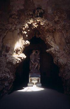 guttae: Mysterious Creatures 5: The Grotto of Buontalenti, Boboli Gardens, Florence