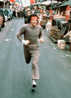 """Rocky Movie Soundtrack- """"Going the distance"""" Music Theme(Bill Conti)Best English Boxing Movies Rocky worked out in the same damn ugly sweatsuit every day. You don't need Lululemon or Nike. Sylvester Stallone, Rocky 1976, Rocky 3, Rocky Film, Rocky Series, Stallone Rocky, Rambo, The Expendables, Running"""