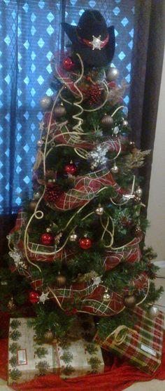 DIY Western Cowboy bandana Christmas tree garland from North Pole ...