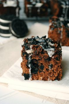 Cookies and cream brownies! These look AMAZING!