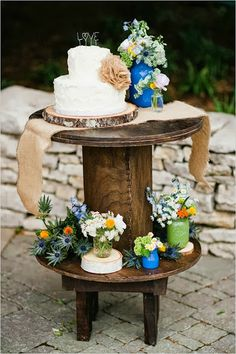 """A rustic wedding cake display. The table has various flower arrangements and burlap elements. The cake is on a wooden slab and has a topper with the word """"love"""". Wedding Cake Display, Wedding Cake Rustic, Chic Wedding, Fall Wedding, Our Wedding, Wedding Cakes, Dream Wedding, Garden Wedding, Festa Party"""