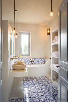COCOON modern bathroom inspiration bycocoon.com | stainless steel bathroom taps | mediterranean style bathroom | inox faucets | bathroom design products | renovations | interior design | villa design | hotel design | Dutch Designer Brand COCOON