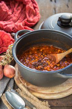 Healthy and simple #vegan black bean CHILI recipe #glutenfree | 30 minutes full of flavor | Ricetta CHILI vegano con fagioli neri. Zuppa di fagioli neri alla messicana #vegan #senzaglutine