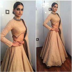 "Sonam Kapoor in Shantanu Nikhil for ""Prem Ratan Dhan Payo"" Movie Promotions on Big Boss Show Choli Designs, Lehenga Designs, Blouse Designs, Indian Wedding Outfits, Indian Outfits, Indian Weddings, Pakistani Dresses, Indian Dresses, Western Dresses"