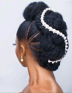 Black Natural Hair Wedding Hairstyles Princess - wedding hairstyles for natural hair Natural Bun Hairstyles, Afro Wedding Hairstyles, Natural Hair Updo, Formal Hairstyles, Protective Hairstyles, Black Women Hairstyles, Braided Hairstyles, Natural Hair Styles, Beautiful Hairstyles