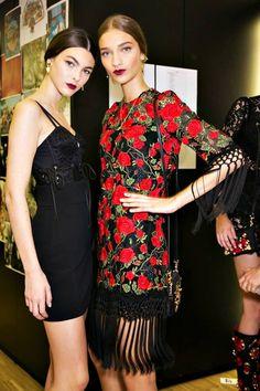 Dolce&Gabbana 2015 Backstage https://www.facebook.com/122707367786423/photos/a.762016343855519.1073743134.122707367786423/762016707188816/?type=1