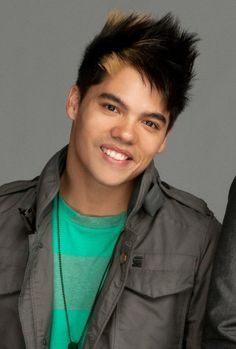 "Dominic ""D-Trix"" (Quest Crew)"