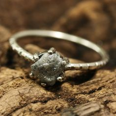 Dazzling rough diamond ring in prongs setting with sterling silver texture oxidized band