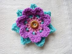 Layered Flower by Emma Dunn   http://www.ravelry.com/patterns/library/layered-flower-2