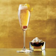 Champagne Cocktail |