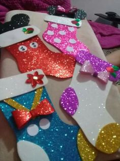 Yeni yıl Christmas Board Decoration, Christmas Favors, Christmas Love, Christmas Decorations, Christmas Ornaments, Christmas Crafts For Kids To Make, Christmas Activities, Xmas Crafts, Christmas Projects